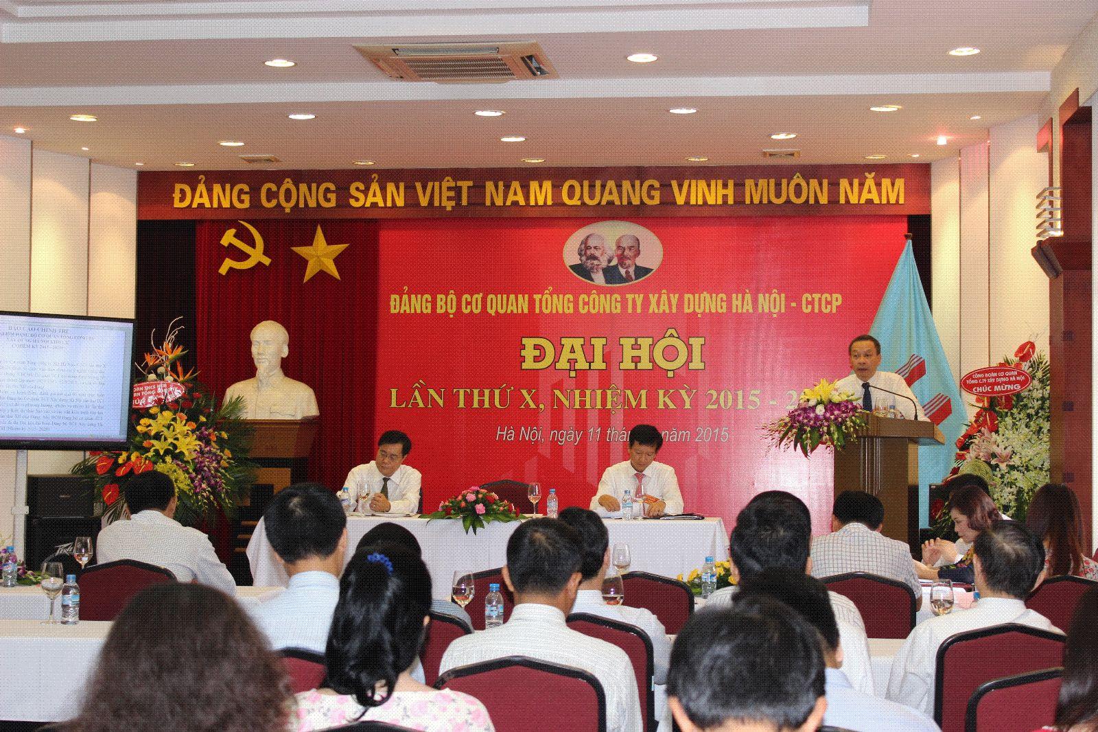 Đ/c Nguyễn Minh Cương, thay mặt đoàn chủ tịch phát biểu khai mạc Đại hội