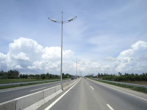 Xử lý vướng mắc trong GPMB đường cao tốc Đà Nẵng - Quảng Ngãi