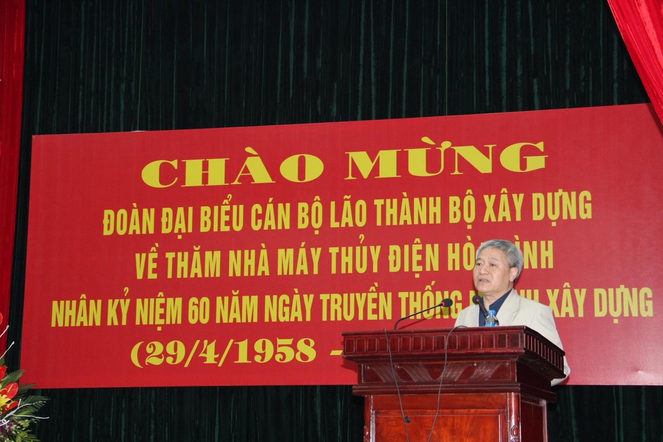 Thứ trưởng BXD Bùi Phạm Khánh phát biểu tại buổi gặp mặt